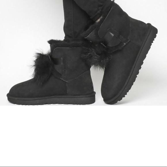 9 UGG® Women s Gita Sheepskin Fur Pom-Pom Booties.  M 5bd370e22e147845a967b055 825bbd721
